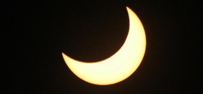 «Eclipse de luna» de Maria Sentandreu