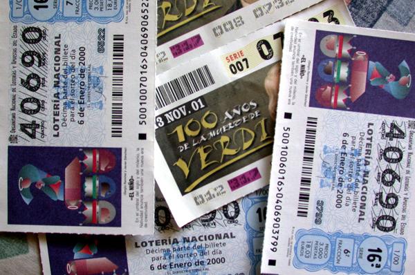 La loteria nacional deixa a Quatretonda i pobles del voltant 140 milions de pessetes