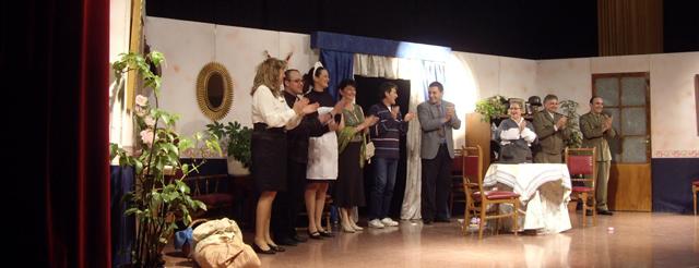 Terres Secanes Teatre torna amb » Vestits a mida «